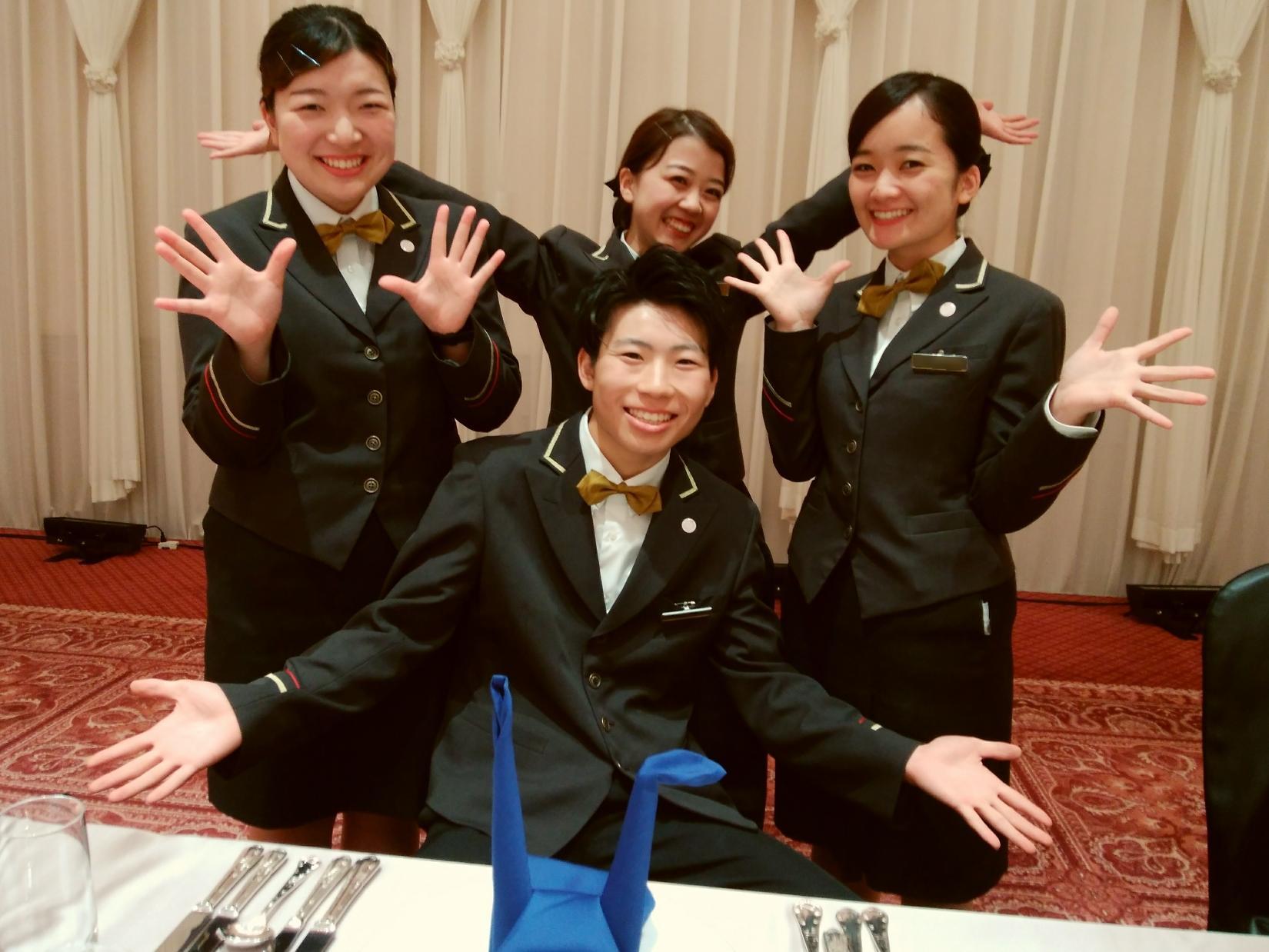 アルバイト【大学生歓迎】ブライダルホールSTAFF◆シフト登録制