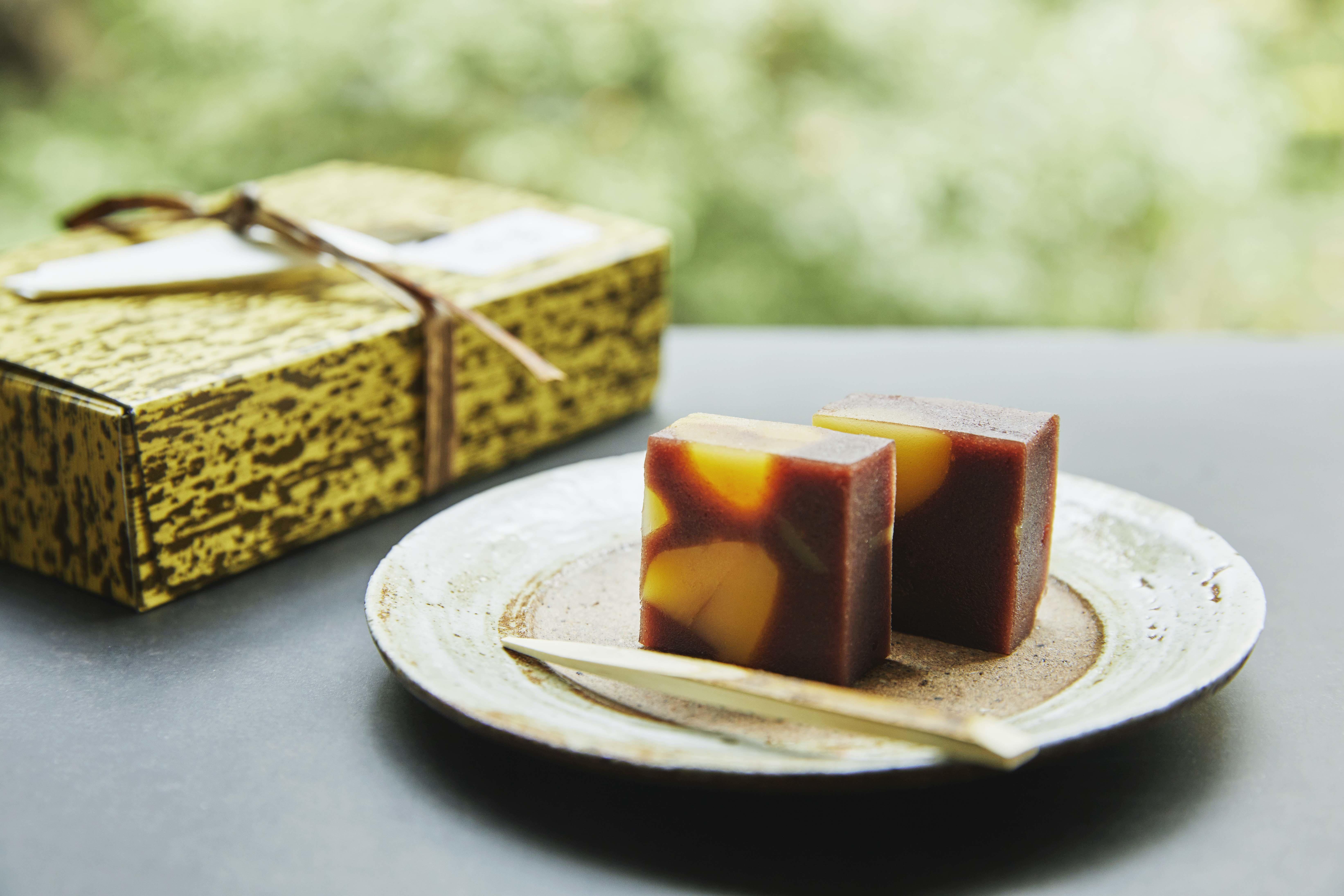 《テイクアウト限定》 羽衣の甘味「栗蒸し羊羹」  / Hagoromo's Japanese sweets