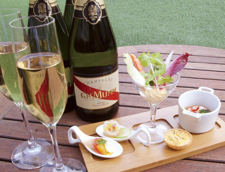 《プレミアムフライデー》「シャンパン・フリーフロープラン」