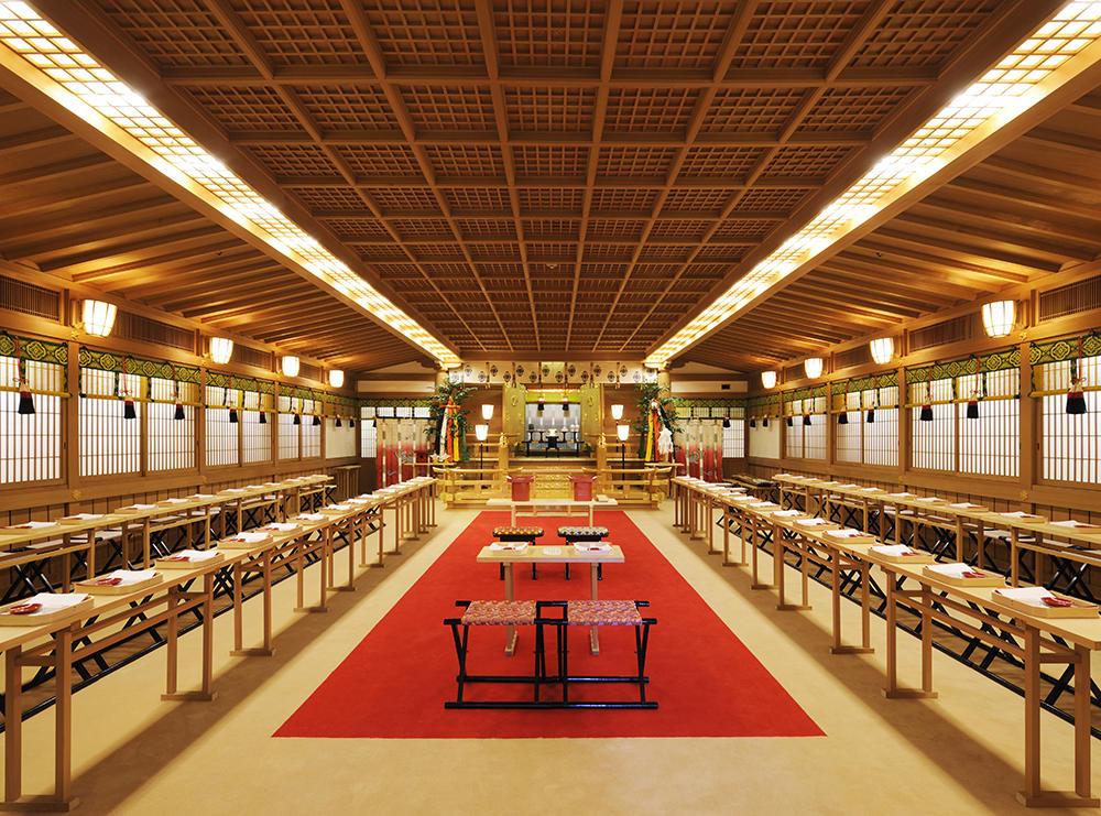 儀式殿は58名様(新郎新婦、媒妁人、媒妁令夫人を含まず)まで参列できますので、ご友人様も参列していただけます。