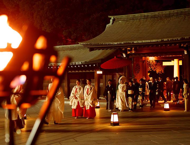 【平成30年のご予約受付開始】明治神宮の灯り参進